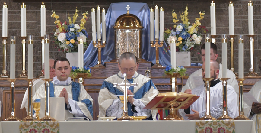 Rev. Wong's First Mass as a Priest
