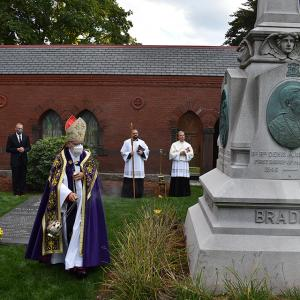 gallery-CemeteryDedication-38