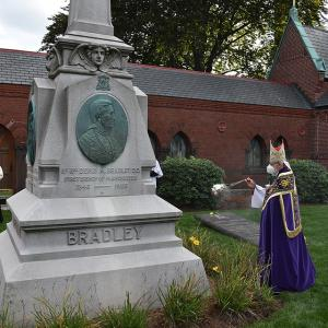 gallery-CemeteryDedication-40